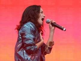 Designan a Ximena Sariñana para abrir conciertos de Coldplay en México