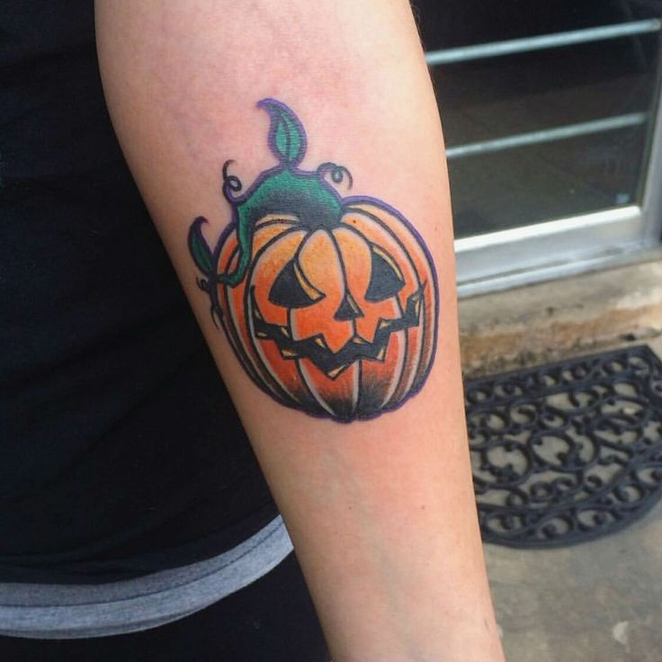 25 Wicked Tattoos That Will Get You in The Mood for Halloween
