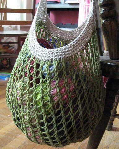 Indkøbsnet. Sødt og brugbart indkøbsnet, nemt at lave og med en stærk strop. De fleste garntykkelser og materialer kan bruges. Her i hør/bomuld på pinde 3½, 4½ og 6½.