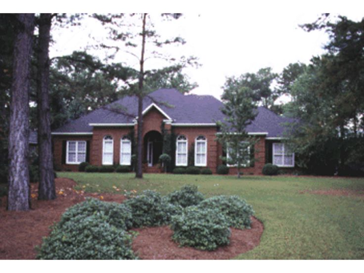 Studdard Traditional Brick Home  from houseplansandmore.com