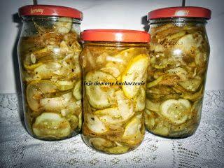 """Moje domowe kucharzenie: Sałatka """"gyros"""" z cukini i ogórków"""