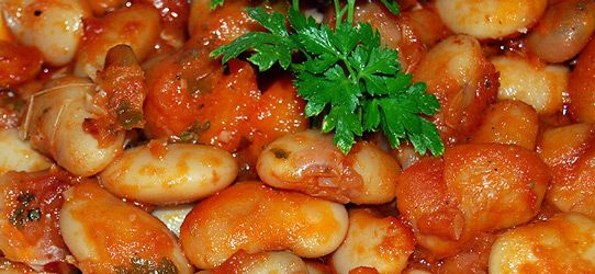 Γίγαντες φούρνου με ζωμό λαχανικών