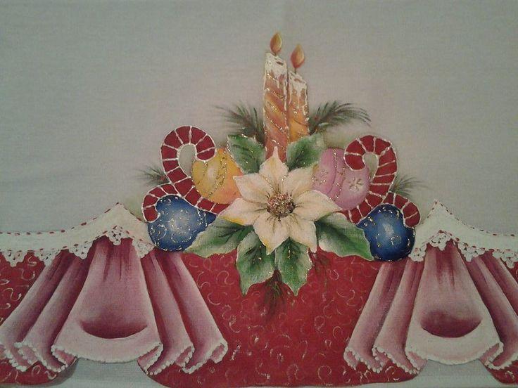 Pano de copa 50 cm, em tecido estilotex, pintado a mão, com motivos de Natal