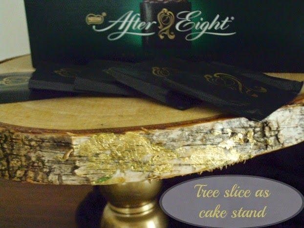 wooden slices, cake stand