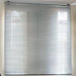 Persiana de Aluminio 140x140cm - Branca - Euroflex