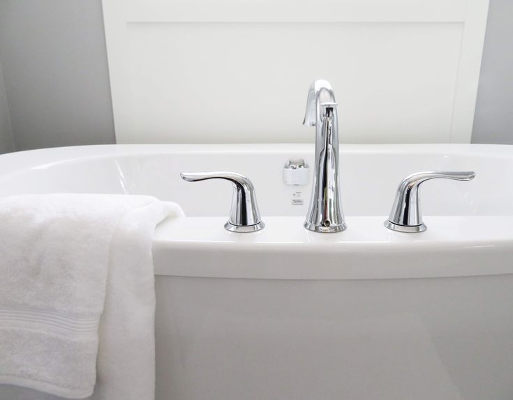 5 sposobów na lśniącą łazienkę bez wysiłku. #lazienkaplus #łazienka #czystałazienka