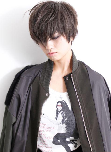大人クールエッジィショート 中性的 髪型 ヘアスタイル 髪型
