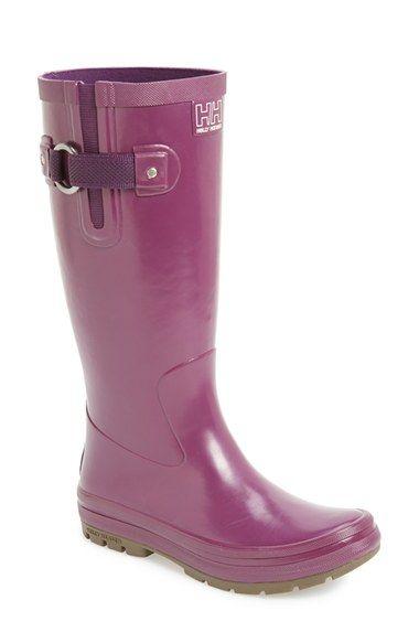 Cute Helly Hansen Rain Boot http://rstyle.me/n/u8s2vnyg6