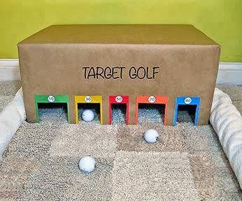 It would be fun to set this up outside in the snow and make a track. Snow golf!                                                                                                                                                                                 Más