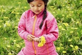 Весенняя и осенняя детская одежда.