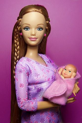 Pregant Barbie - Happy Family Midge with Baby