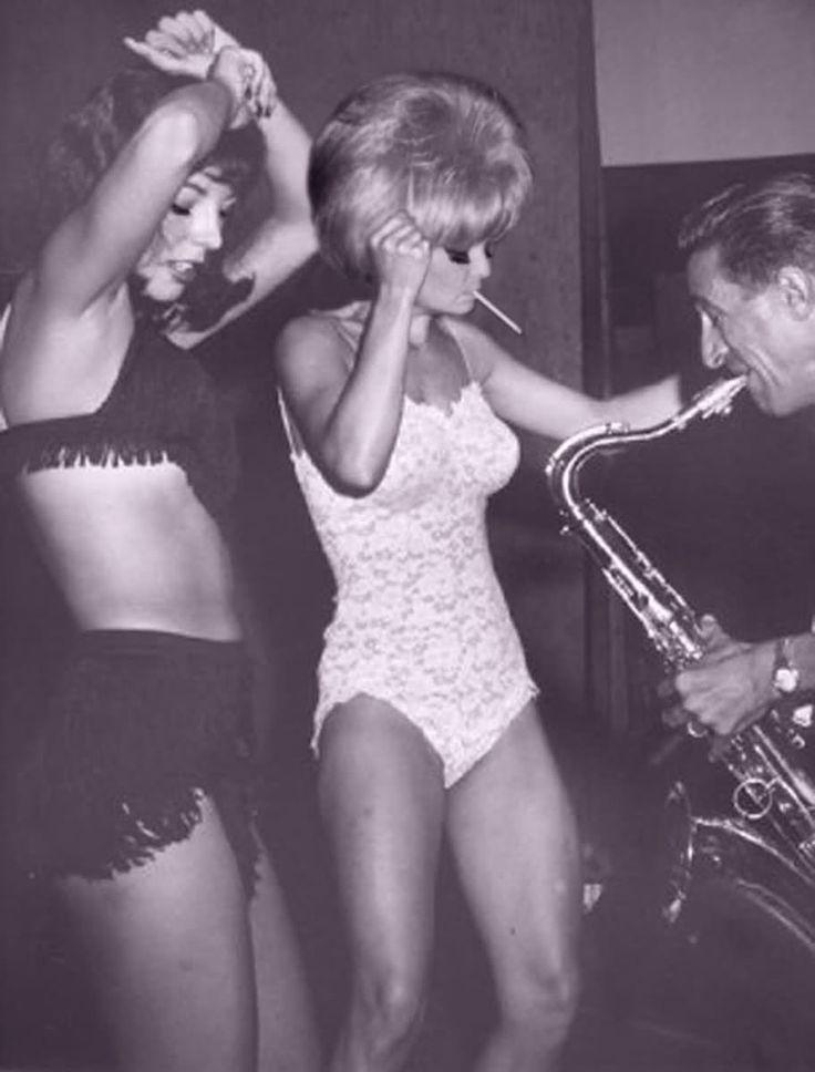 Go Go Dancers 60s