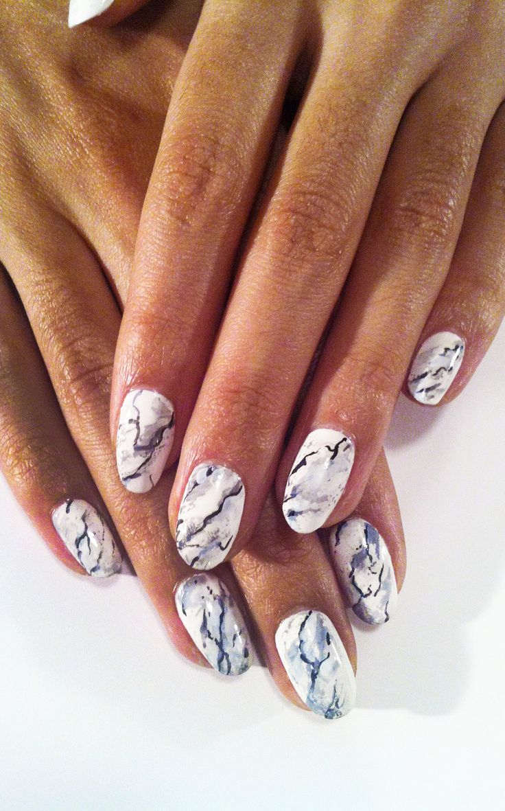 Black & White Marble Manicure by Madeline Poole