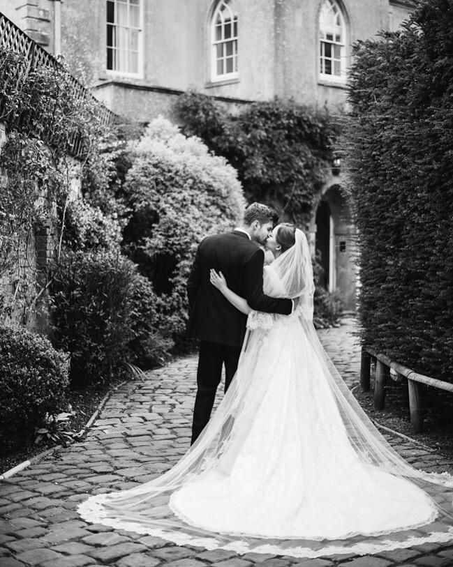 Britain's biggest YouTube stars Jim Chapman and Tanya Burr marry