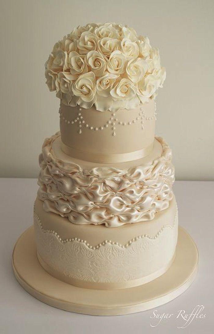 Champagne wedding cake idea; via Sugar Ruffles