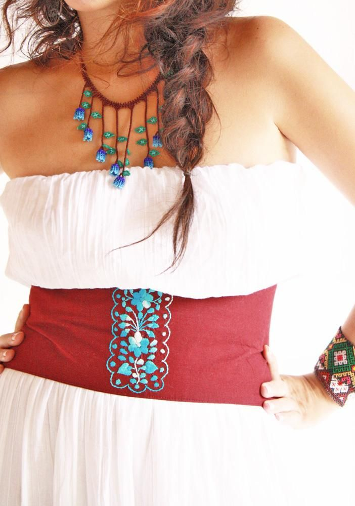 mexican wide belt and beaded necklace. Wish I was skinny enough to wear this. But <3 the necklace!