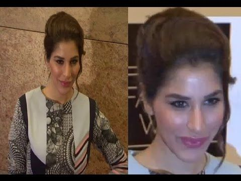Sophie Choudry @ LAKME FASHION WEEK 2014.