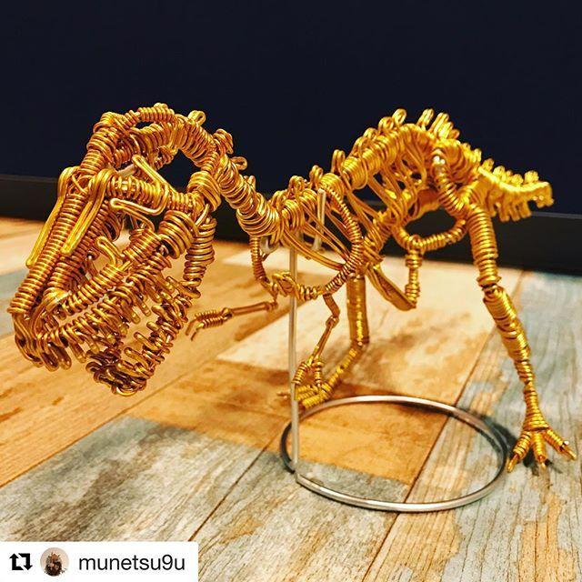 repost munetsu9u 友達の誕生日プレゼント用に作ったやつ ティラノサウルス tyrannosaurusrex trex 骨格 骨 wirecraft ワイヤークラフト 加古川 crown jewelry jewelry crown