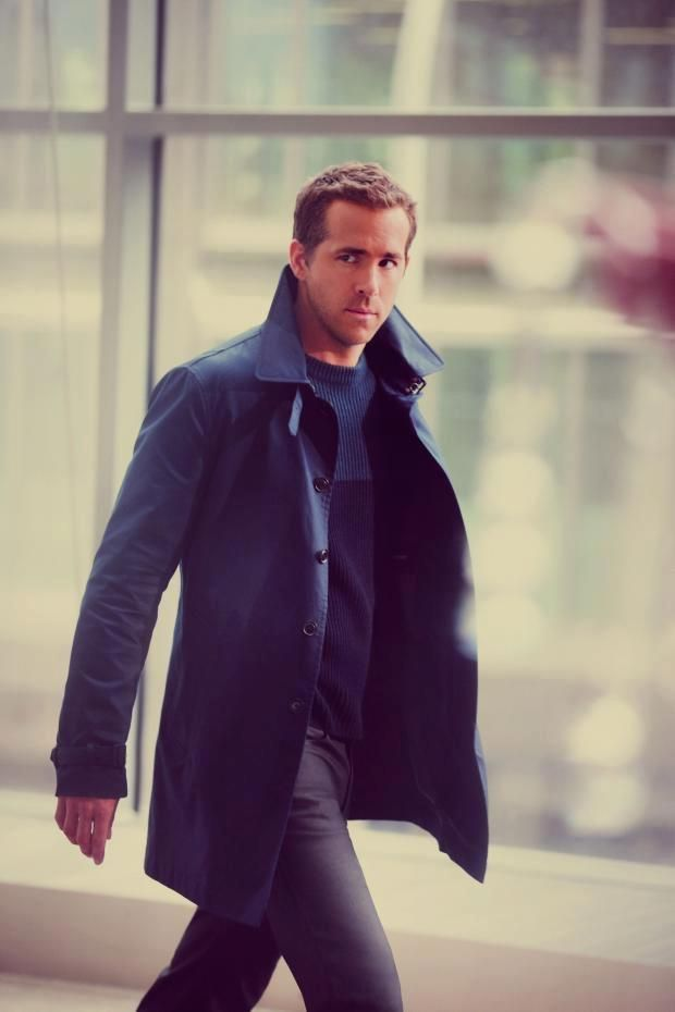 Wallpaper and background images in the Gay Celebrity ryan reynolds boner