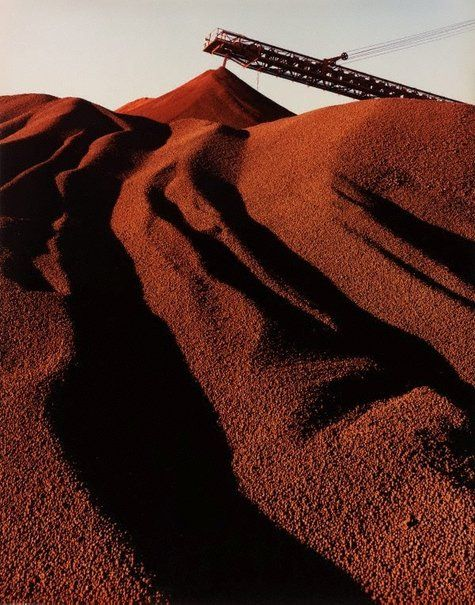 mpdrolet: Hamersley Iron, iron ore stockpiling, Dampier, W, 1971 Wolfgang Sievers