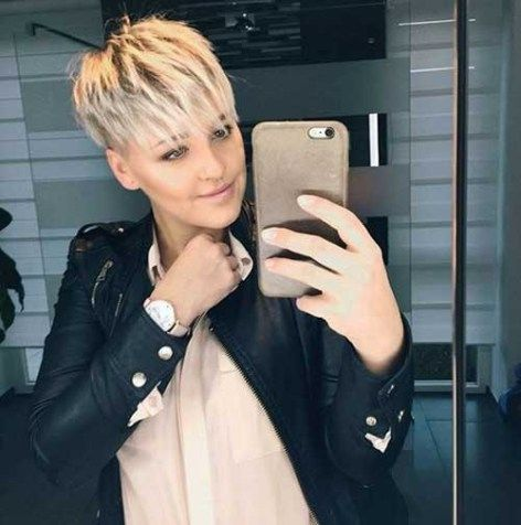 Funky-Hairstyle Blonde Short Hair Ideas for Ladies