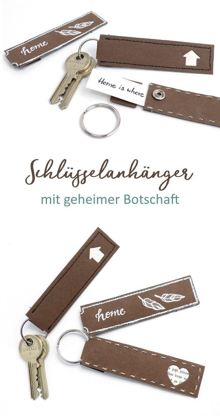 Schlüsselanhänger mit versteckter Botschaft aus waschbarem Papier in Lederoptik. DIY Anleitung mit Schnittmuster. #snappap #Valentinstag