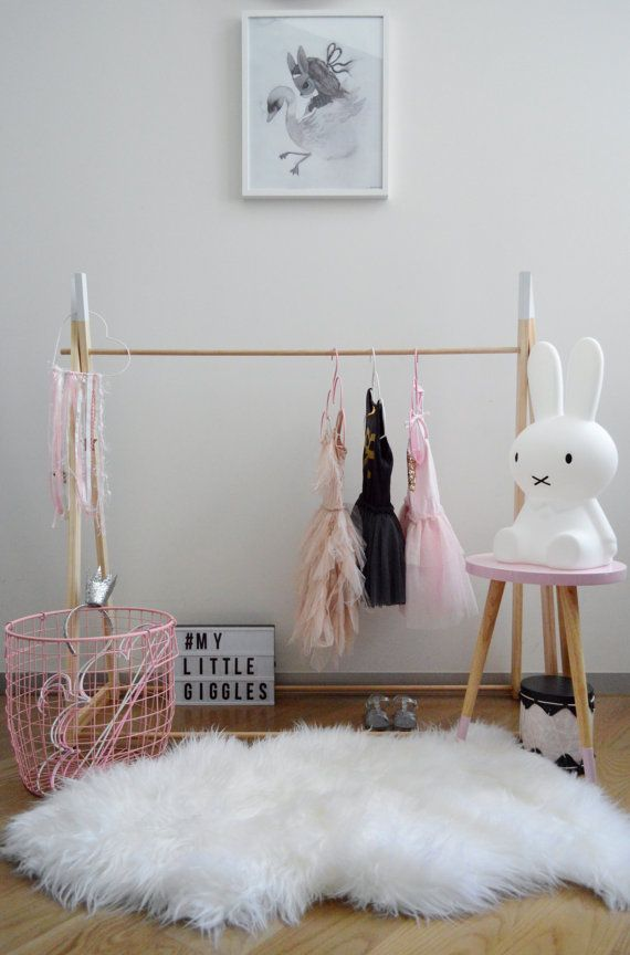 My Little Giggles Kids Wooden Clothes Rack by MyLittleGigglesMelb