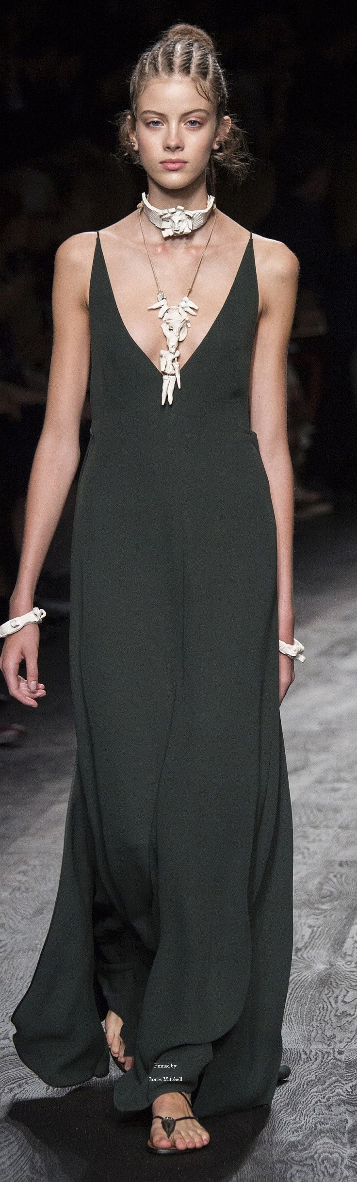 Valentino Collection Spring 2016 Ready-to-Wear   @andwhatelse