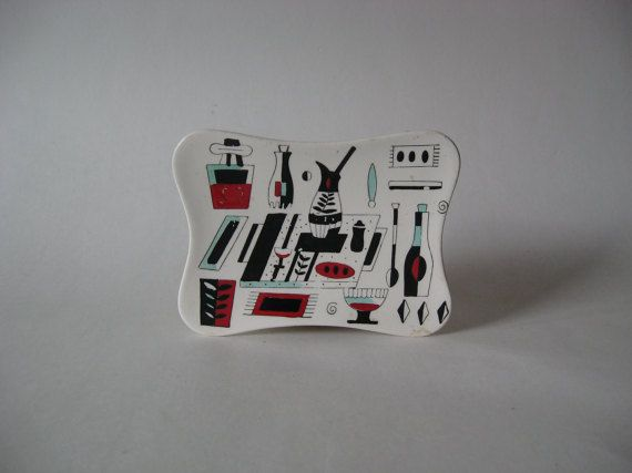 Hey, I found this really awesome Etsy listing at https://www.etsy.com/listing/508045943/excellent-midcentury-graphic-soap-dish