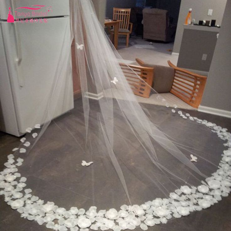 Find More Bridal Veils Information about White One Layer Bridal Veil 3D Flower Luxury Tulle Wedding Veil Wedding Accessories voile mariage birdcage veil  Fashion Z649,High Quality tulle wedding veil,China wedding veil Suppliers, Cheap bridal veil from Tanya Bridal Store on Aliexpress.com
