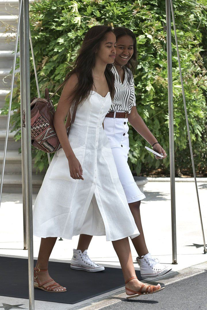 Michelle, Malia, and Sasha Obama Team Up to Give You the Perfect Vacation Wardrobe