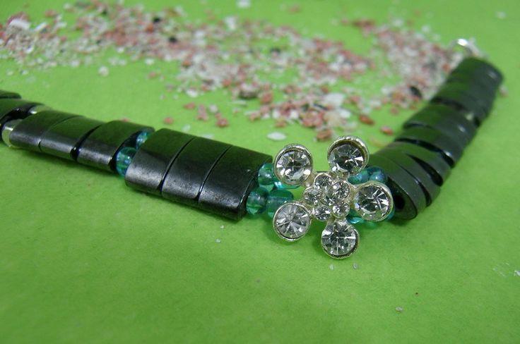 Armband Haematitperlen magnetisiert  von SonnenRegen auf DaWanda.com