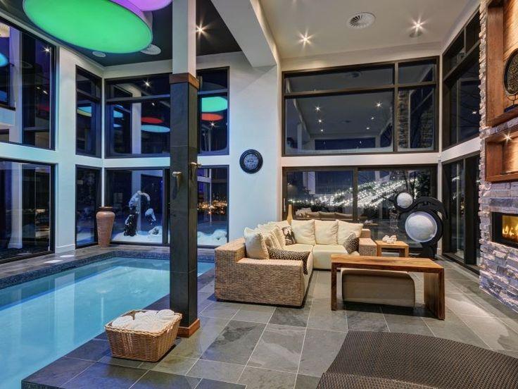 Luxus hegyi villa 2,3 millió dollárért,  #bár #billiárd #bőr #dekoráció #design #étkéző #fa #fürdő #hálószoba #hegy #hobbiszoba #interior #kandalló #kert #kő #konyha #lépcső #medence #mosdó #nappali #üveg #világítás #zöld, http://www.otthon24.hu/luxus-hegyi-villa-23-millio-dollarert/  Olvasd el http://www.otthon24.hu/luxus-hegyi-villa-23-millio-dollarert/