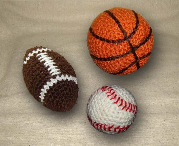 Crochet pattern: Football, basketball and baseball