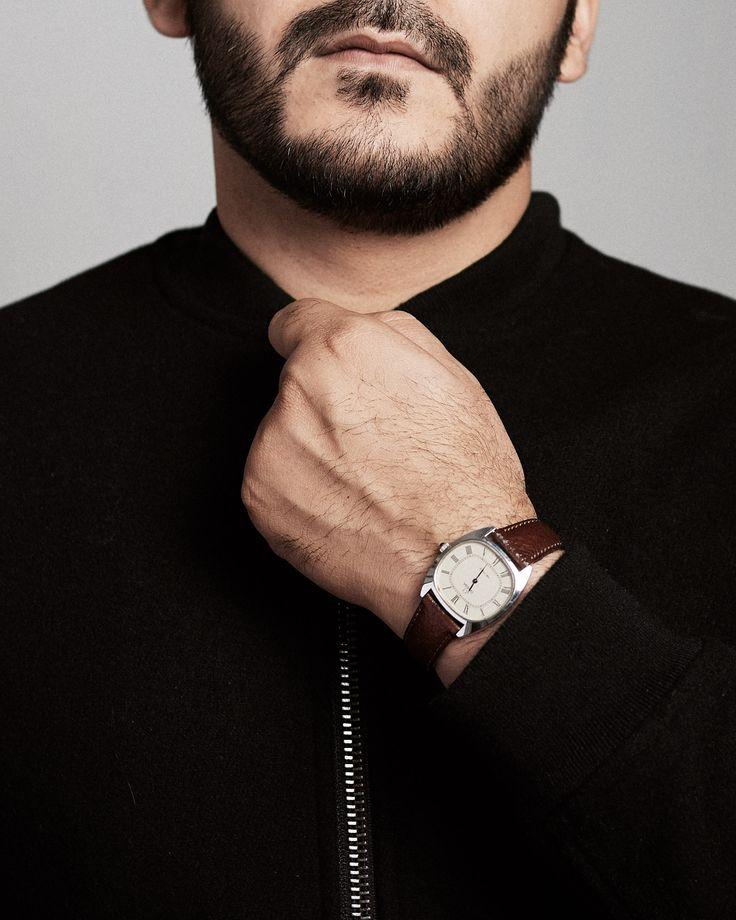 Photo by Irfan Intekhab Black jacket and omega deville watch #classic #fashion #irfanintekhab #irfan #intekhab #india #minimal #mensfashion #omega #brown #leather #watch
