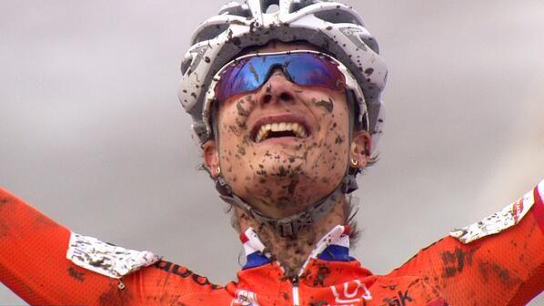 Marianne Vos wereldkampioen veldrijden