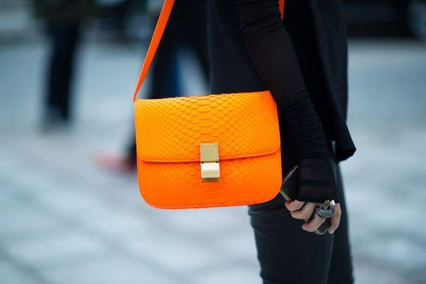Shoulder Bags, Handbags, Celine Bags, Neon, Crosses Body Bags, Vibrant Colors, Black Outfit, Boxes Bags, Small Bags