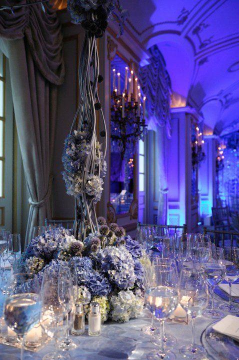 gorgeous wedding dcor blue wedding centerpiecesblue