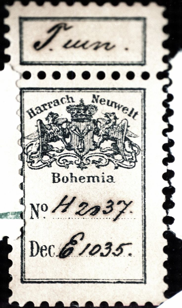 The Harrach Project, Harrach paper label on art glass