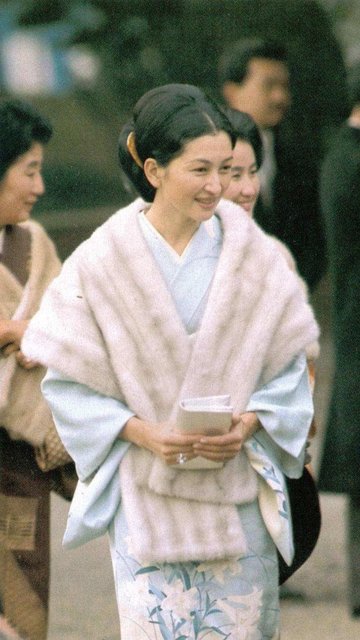 美智子皇后陛下 as 皇太子継宮明仁親王妃美智子(つぐのみやあきひとしんのうひみちこ)殿下時代。Empress Michiko