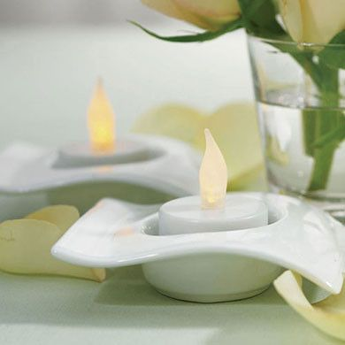 Flameless Battery Operated Tealights (6 Pack)