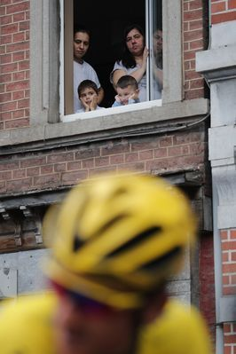 %TITTLE%-          AP                  Published 1:08 p.m. ET July 3, 2017 | Updated 1:08 p.m. ET July 3, 2017        Spectators watch the pack with Britain's Geraint Thomas, wearing the overall leader's yellow jersey, prior to the start of the third stage of the Tour de France cycling race...-https://losporcos.com/frog-thighs-and-gray-wine-in-lorraine.html