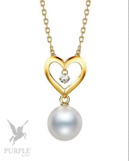 Add this elegant Akoya cultured pearl with 0.02ct of diamonds set in 18k yellow gold. The chain is 43cm long and can be adjusted to 40cm by @mikimoto #purplebyanki #love #instagood #beautiful #diamond #finejewellry #highjewellry #Akoya #CulturePearl #18kYellowGold
