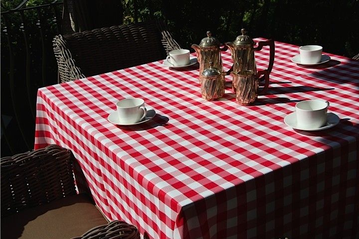 84 X 84 Tablecloth Polyester Check · TableclothsGingham