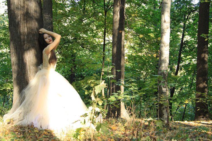 Изделие: Платье Материал: Фатин + жемчужный бисер