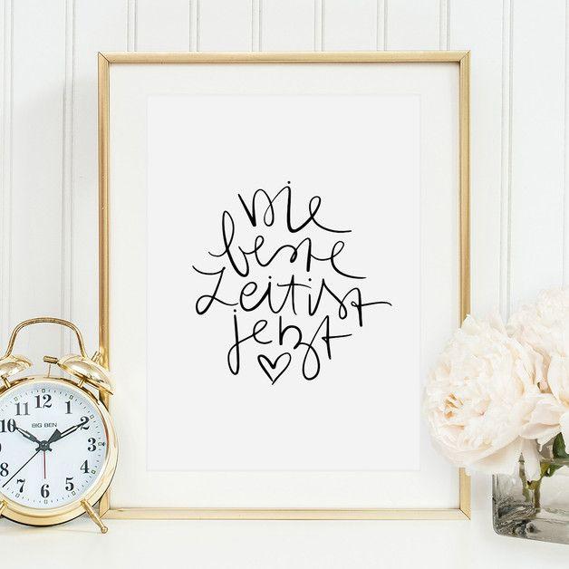 """In meinem Shop gibt es Illustrationen, motivierende Sprüche und süße Worte für euch und eure Liebsten.   **Kunstdruck mit Aufschrift: """"Die beste Zeit ist jetzt"""".**  **Format** Dieses Angebot..."""