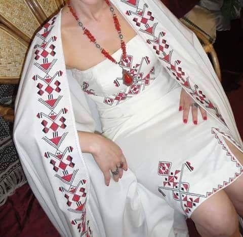 """Robe Kabyle """"broderie berbère"""""""