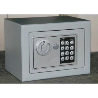 ซื้อเลย  Digital Safe Box Is Fire Drill Resistant Ideal for Home Office Use!Safety Security Box Keep Cash Jewelry or Documents Securely - intl  ราคาเพียง  2,069 บาท  เท่านั้น คุณสมบัติ มีดังนี้ Looks like a real book and will blend seamlessly into yourbookshelf Contains a metal safe with a key lock Two keys included Inside storage area measures: 2 x 5.625 x 9 inches Complete book measures: 2.25 x 6.125 x 9.5 inches