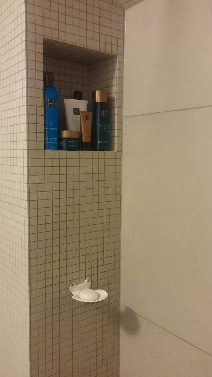 25 beste idee n over doucheruimte op pinterest - Slaapkamer met doucheruimte ...