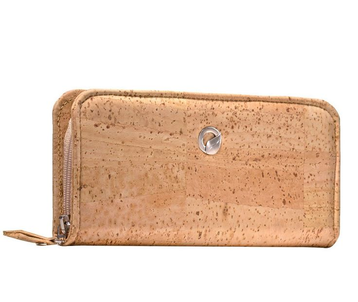 Zip #Wallet made of silky smooth #cork #leather | 100% #sustainable and #vegan | CHF 98.00 | free delivery & return within Switzerland